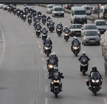 Uludağ Üniversitesi Ve Bursa Polisi Sokaktaki…