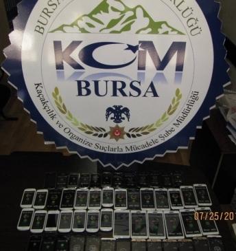 Bursa'da Kaçak Cep Telefonu Operasyonu