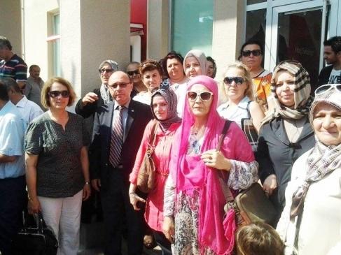 Mudanya'da Ak Partililer Bağış Kuyruğuna…