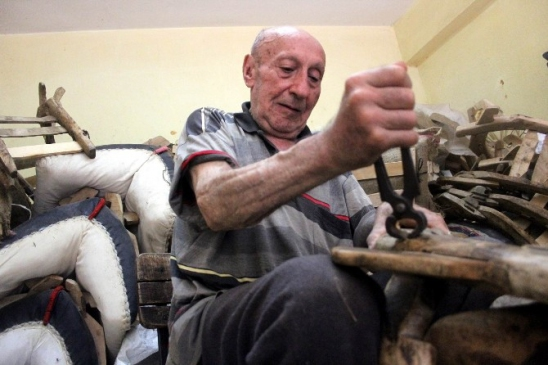 (özel haberi) Bursa'nın Son Semercisi Zamana…