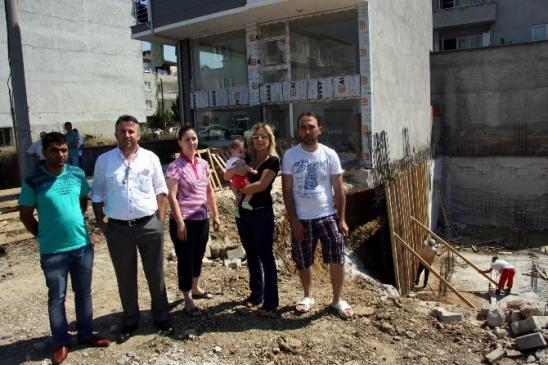 (özel-haberi) Bursa'da Apartmanın Temeli Çöktü 3…