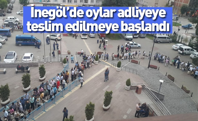 İnegöl'de oylar adliyeye teslim edilmeye başlandı
