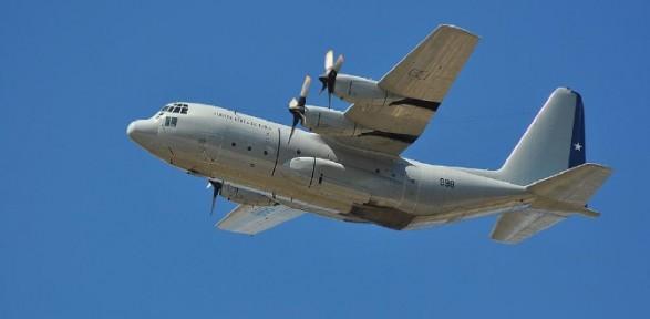 Askeri uçak düştü: 30 ölü