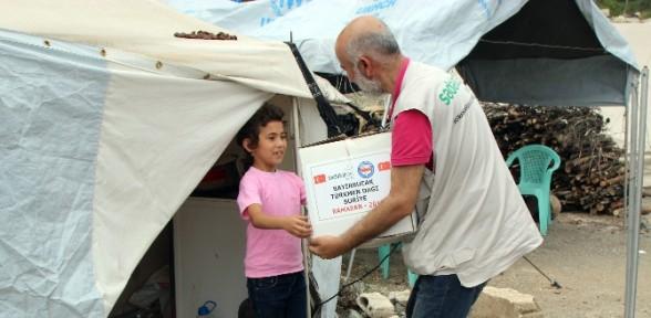 Bayırbucak Türkmenleri'ne gıda yardımı
