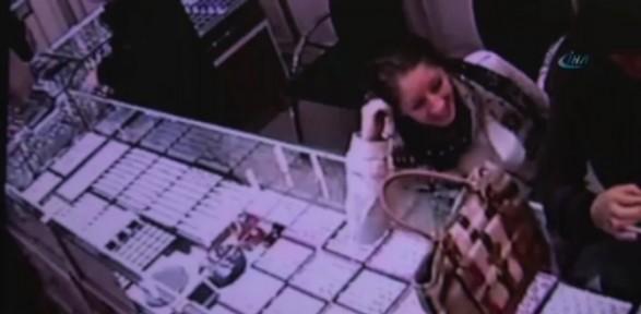 Bebek Yüzlü Hırsızlar