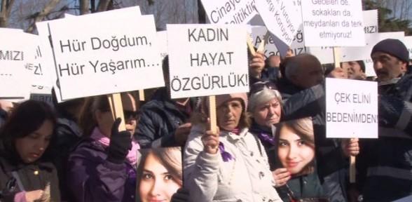 Beşiktaş'ta Özgecan eylemi
