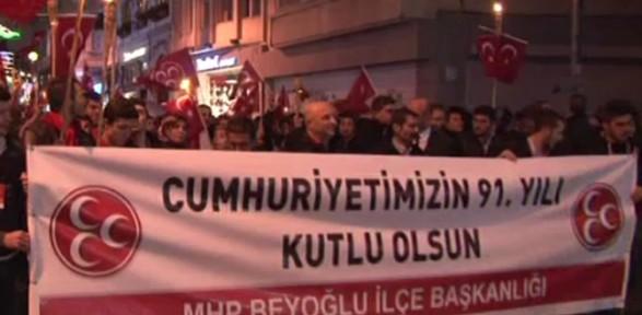 Beyoğlu'nda ''cumhuriyet Yürüşü'' Düzenlediler