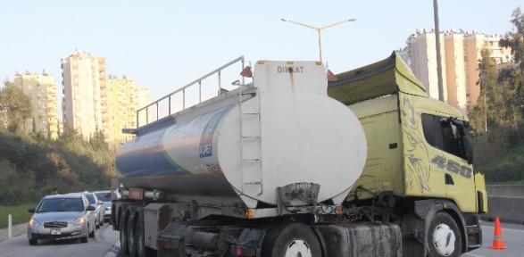 Bir Tanker Dolusu Esrar Polise Takıldı