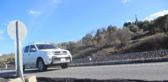 Çanakkale - İzmir yolu çöktü