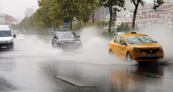 Meteoroloji'den sağanak yağış uyarısı! Geri dönüyor...