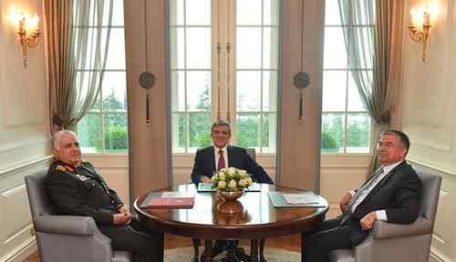 Cumhurbaşkanı Gül, Yaş Kararını Onadı