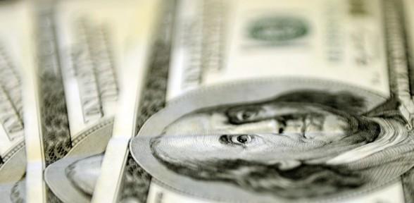 Dolar Yeniden Uçuşta