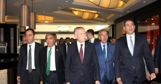 Ekmeleddin İhsanoğlu Erzurum