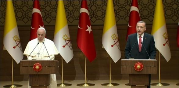 Erdoğan Ve Papa'dan Ortak Basın Toplantısı