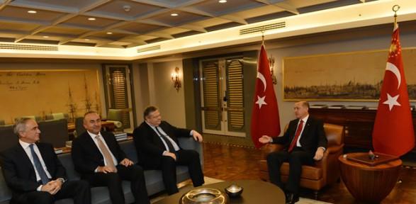 Erdoğan, Yunan Bakanla Görüştü