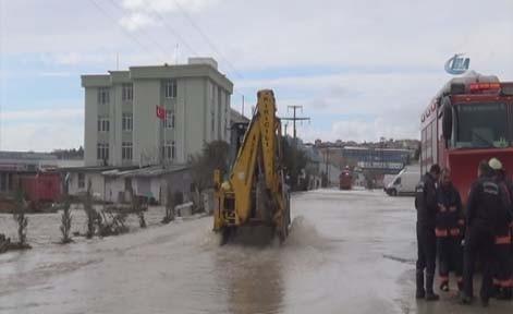 Fabrikalar sular altında