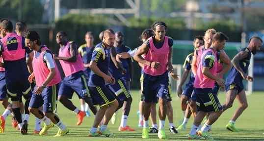 Fenerbahçe'de Keyifli Antrenman
