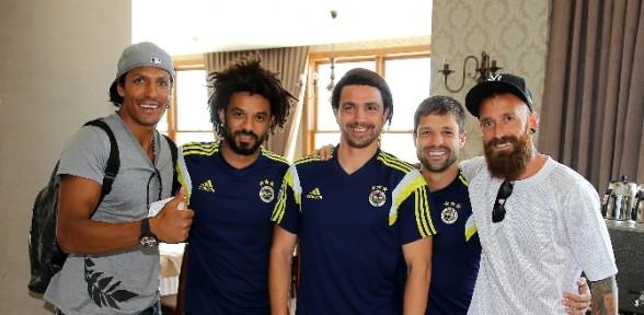 Fenerbahçe'nin Portekizli Futbolcuları Ilk Yarıyı Kapattı