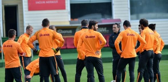 Galatasaray, Dortmund Için Hazırlanıyor