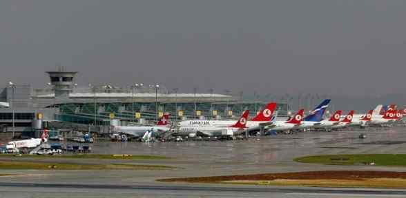 Havalimanları Dolup Taşıyor