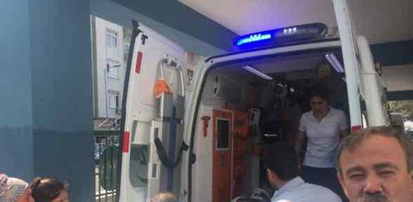 İşçi Kamyonu Virajı Alamadı: 1 ölü, 24 Yaralı