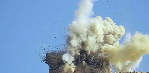 IŞİD tarihi eserleri yok ediyor