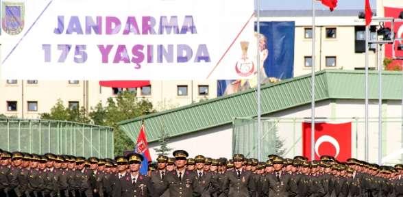 Jandarma Okullar Komutanlığı'nda Mezuniyet Sevinci