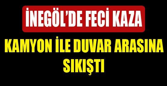 Kamyon �le Duvar Aras�na S�k��t� V�DEO