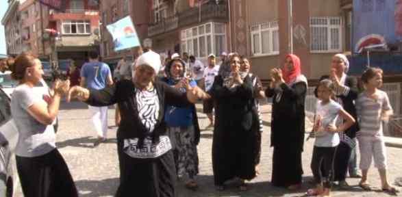 Kasımpaşa'da Sabaha Kadar Kutlama