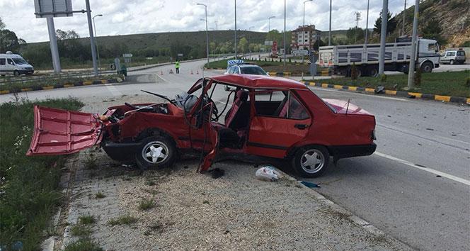 Kastamonu'da iki otomobil çarpıştı: 1 ölü, 3 yaralı