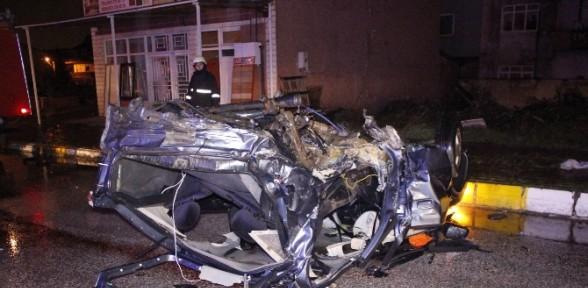 Kocaeli'de feci kaza: 2 ölü, 2 yaralı