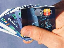 Kredi kartı harcamaları yüzde 30 arttı