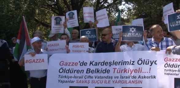 Meclis önündeki İsrail Protestosunda Haklı Talep