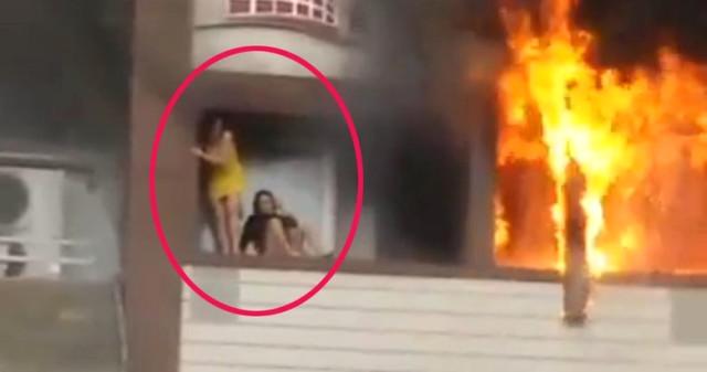 Oteldeki Feci Yangında Pencereden Atlayan Belaruslu Kadını Havada Yakalamış