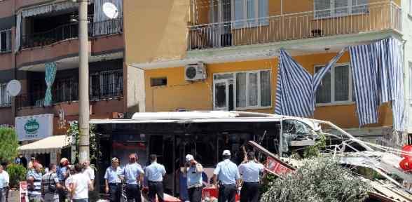 Otobüs Faciasında ölü Sayısı 2'ye çıktı