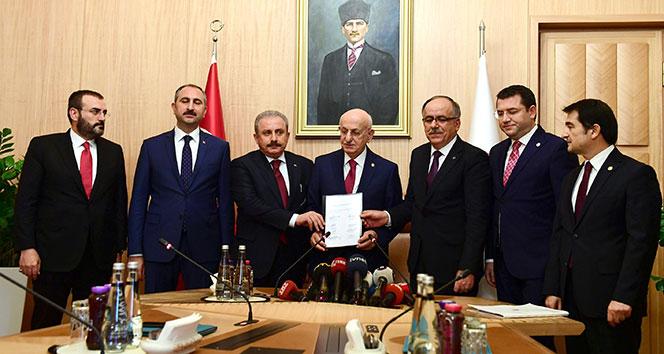 AK Parti ile MHPnin ittifak yasa teklifi TBMMye sunuldu