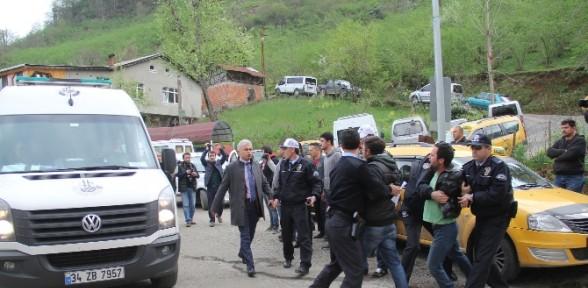Savcıyı şehit eden teröristin cenazesinde olaylar çıktı