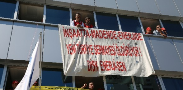 Sgk Binasını Işgal Eden 15 Eylemci Gözaltına Alındı