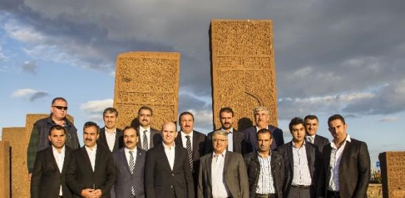 Soylu En Büyük İslam Mezarlığını Gezdi