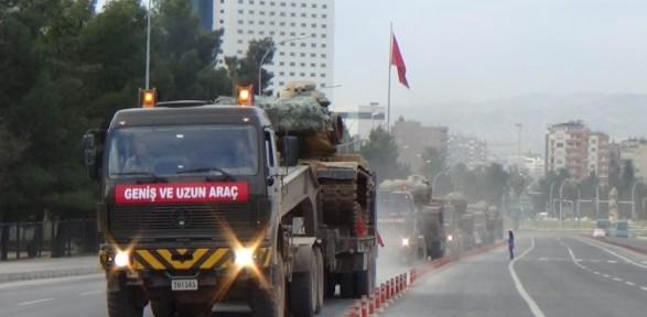 Suruç'ta askeri sevkıyat sürüyor