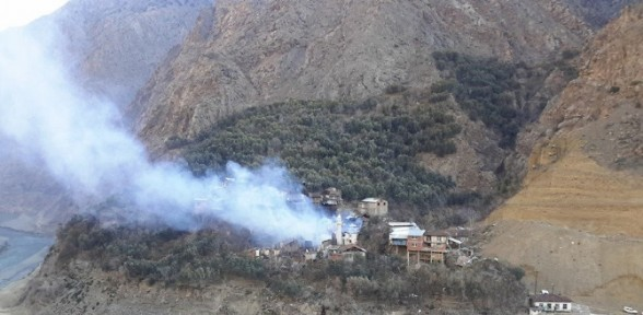 Tam 20 ev yandı