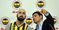 Fenerbahçe bir yıldıza daha imza attırdı