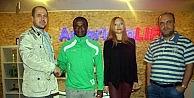 Mudanyasporun Kamerunlu Futbolcusu Dil Öğreniyor