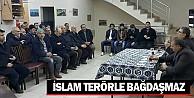 #039;İslam terörle bağdaşmaz#039;
