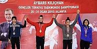 Türk Tekvandosuna 'Yıldırım Damgası