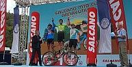 Nilüferli bisikletçilerin İstanbul zaferi