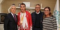 Milli atletten Bozbeye teşekkür ziyareti