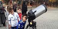 70 yılın en büyük dolunayını gözlemlediler