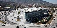 Bursada iki AVM kira bedellerini Türk Lirasına çevirdi