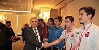 Başarılı sporcular UEDAŞ tarafından ödüllendirildi